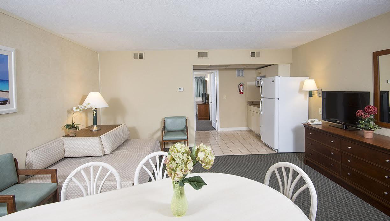 Wildwood Hotel - Luxury Ocean View 3 Room Suite w/Kitchen