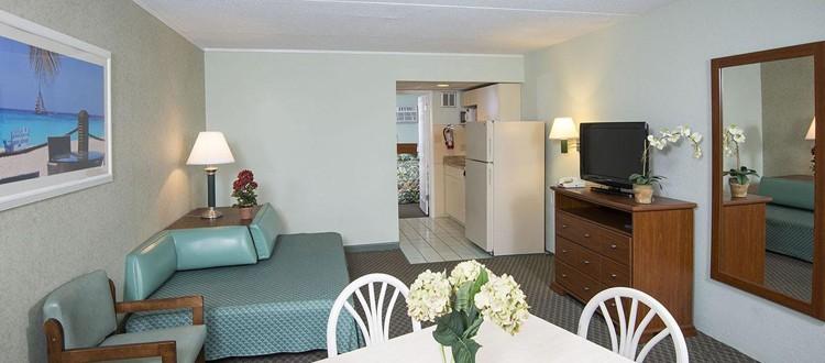 Wildwood Hotel Oceanfront Two Bedroom Suite With Kitchen