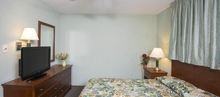 Wildwood Hotel Ocean View Two Bedoom Suite With Kitchen