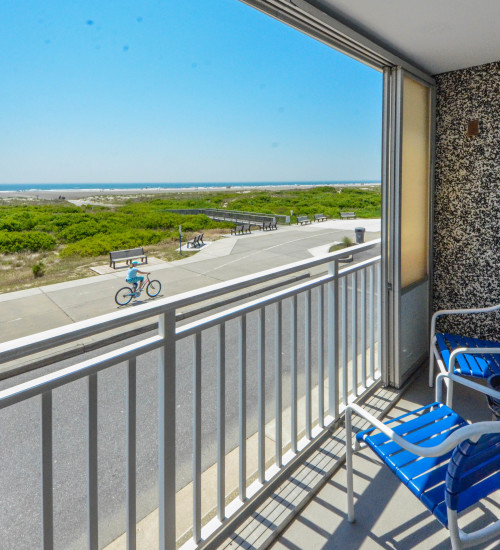 Wildwood Crest, NJ Beachfront Hotel